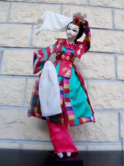 Винтажные куклы и игрушки. Ярмарка Мастеров - ручная работа. Купить Традиционная корейская кукла, 40 см. Handmade. Разноцветный, дерево