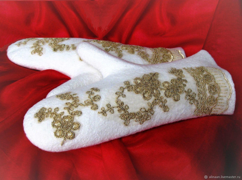 """Кофты и свитера ручной работы. Ярмарка Мастеров - ручная работа. Купить Варежки валяные """"Царская невеста"""". Handmade. Белый"""