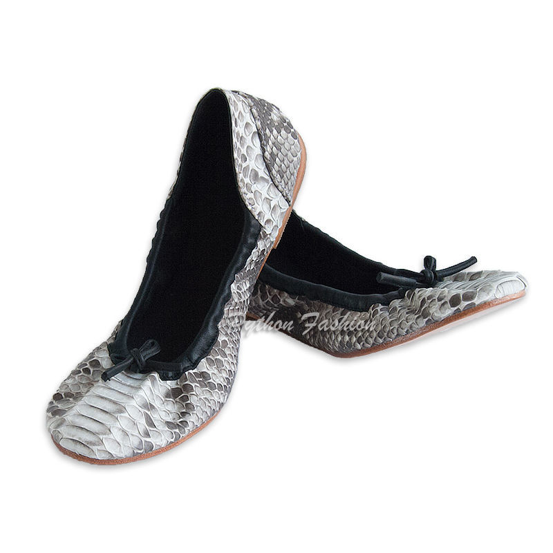 ballet flats from Python. Soft ballet shoes from Python. Lightweight women's shoes Python skin every day. Beautiful ballet flats from Python. Easy ballet flats from Python. Unusual flats from Python.