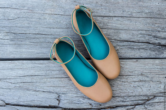 Обувь ручной работы. Ярмарка Мастеров - ручная работа. Купить Кожаные балетки с ремешком. Балетки из натуральной кожи. Handmade. Бежевый