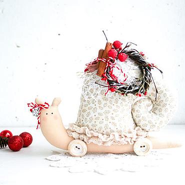 Улитка тильда новогодняя, улитка  в подарок, тильда улитка
