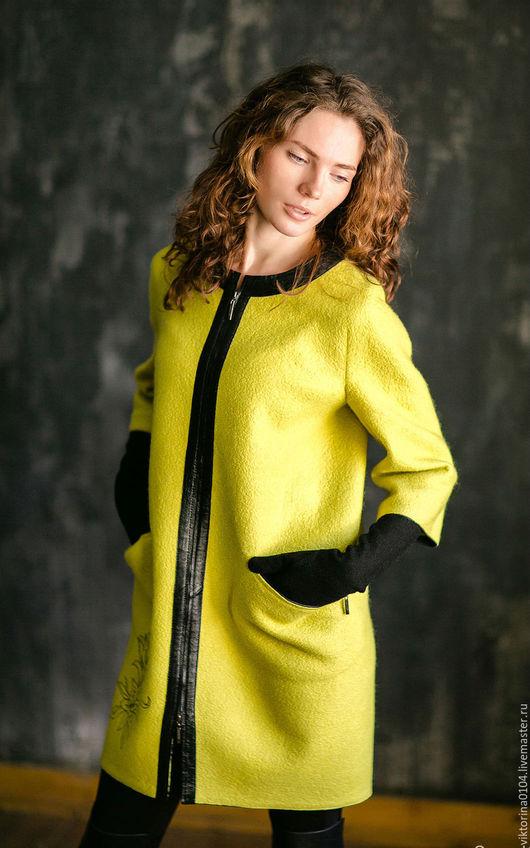 """Верхняя одежда ручной работы. Ярмарка Мастеров - ручная работа. Купить Пальто """"Лили"""". Handmade. Лимонный, мерино"""