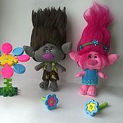 Куклы и игрушки ручной работы. Ярмарка Мастеров - ручная работа Цветан и Розочка тролли из мультика Trolls. Handmade.
