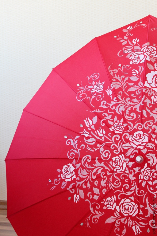 Зонт с ручной росписью `Сердце из роз` красный  Форма зонта Сердце
