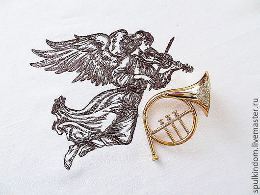 Дорожка с вышивкой `Ангел Рождества`  `Шпулькин дом` мастерская вышивки