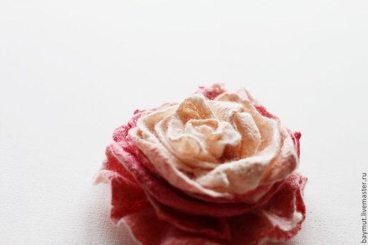 """Броши ручной работы. Ярмарка Мастеров - ручная работа. Купить Валяная роза """"Lipstick"""". Handmade. Войлочная роза, брошь из войлока"""