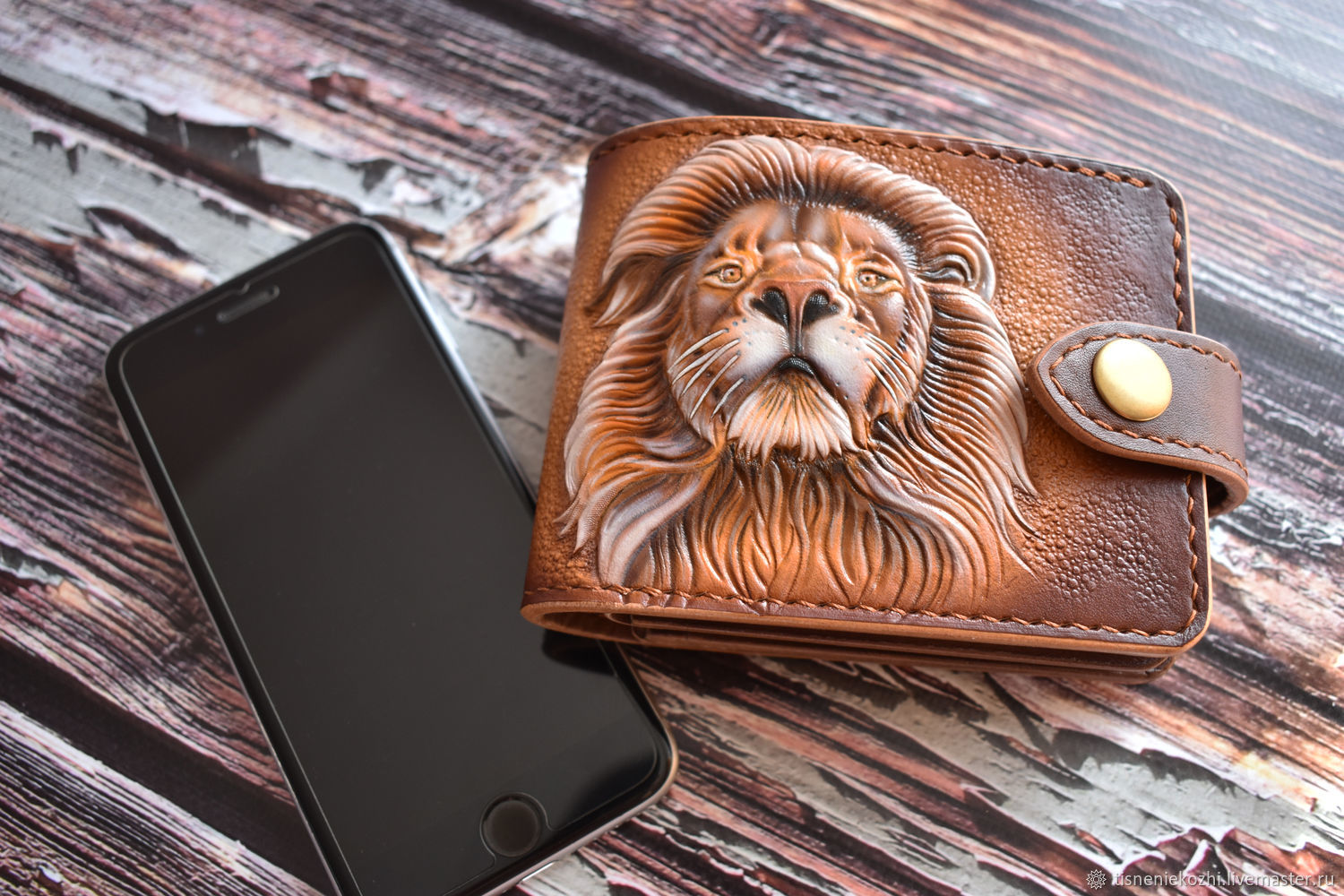 Purse (trifold) with embossed lion, Wallets, Orenburg,  Фото №1