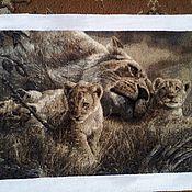 """Картины и панно ручной работы. Ярмарка Мастеров - ручная работа вышивка"""" Семейство львов"""". Handmade."""