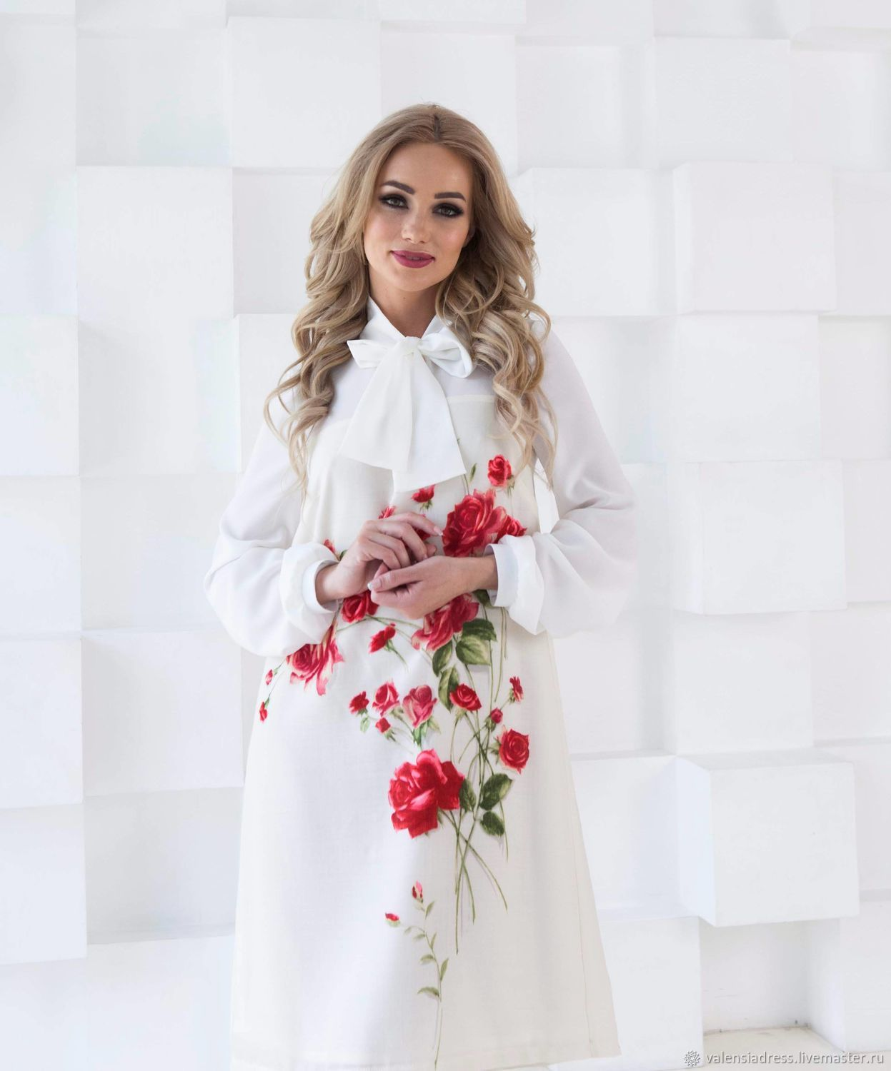 The dress is elegant, white dress with roses, Dresses, St. Petersburg,  Фото №1