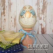 Подарки к праздникам ручной работы. Ярмарка Мастеров - ручная работа Пасхальное яйцо Два кролика и яйцо, 20см. Handmade.
