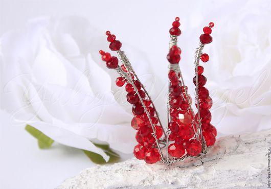 Детская бижутерия ручной работы. Ярмарка Мастеров - ручная работа. Купить Красная корона из кристаллов для принцессы. Handmade. Ярко-красный