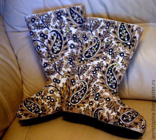 Обувь ручной работы. Ярмарка Мастеров - ручная работа. Купить валенки  Турецкий огурец. Handmade. Белый, войлок, зима