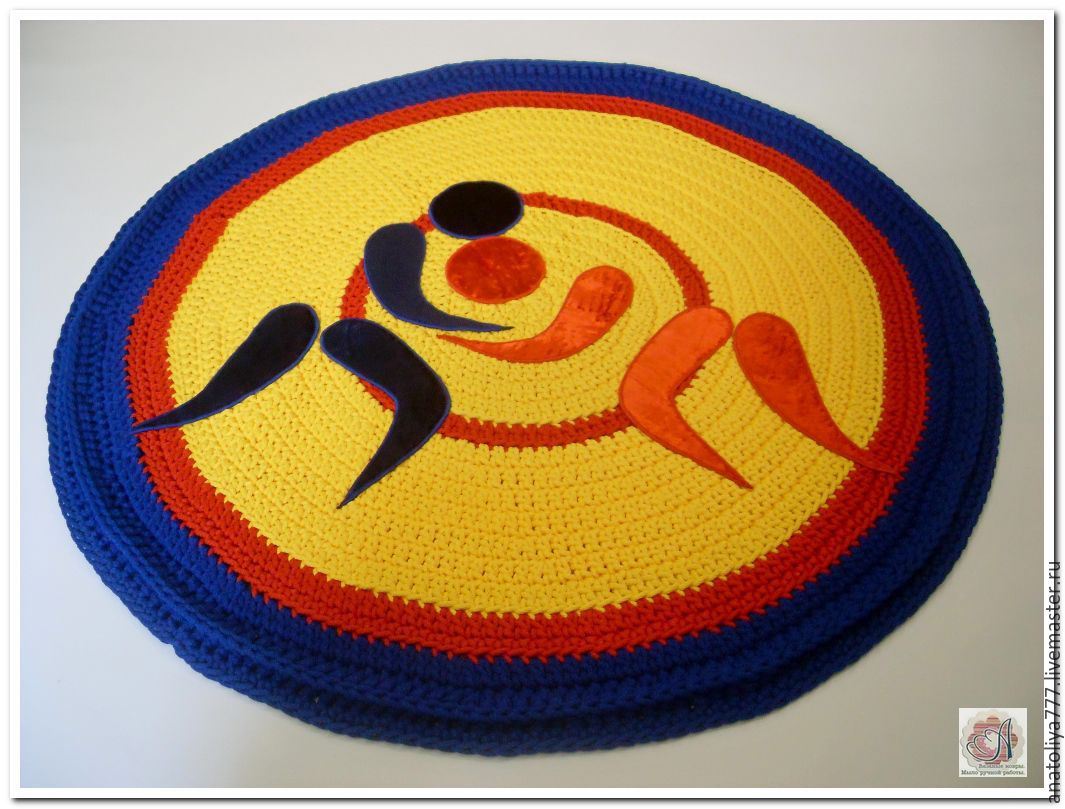 Knitted rug is handmade from cord Wrestling, Carpets, Kabardinka,  Фото №1