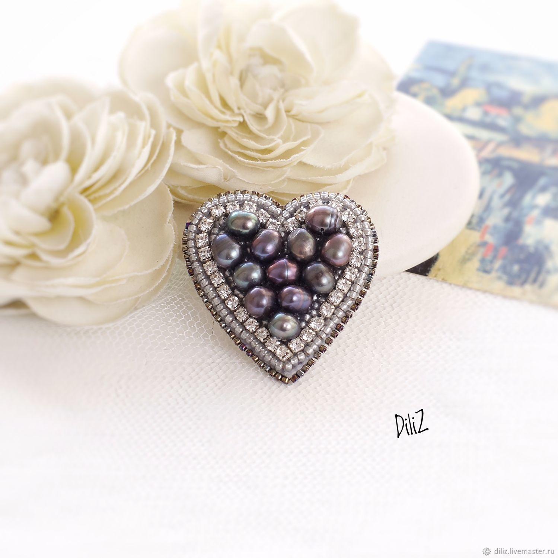 A beaded brooch 'Pearl heart', Brooches, Kazan,  Фото №1