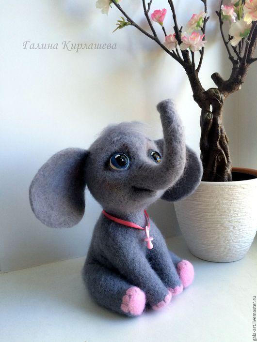 Игрушки животные, ручной работы. Ярмарка Мастеров - ручная работа. Купить валяная слоняша малышка Люсьена. Handmade. Серый, подарок