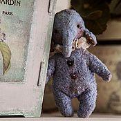 Куклы и игрушки ручной работы. Ярмарка Мастеров - ручная работа Слоник (карманный). Handmade.