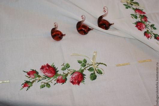 """Текстиль, ковры ручной работы. Ярмарка Мастеров - ручная работа. Купить Скатерть """"Праздничная"""". Handmade. Вышивка крестом, подарок на свадьбу"""