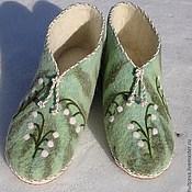 """Обувь ручной работы. Ярмарка Мастеров - ручная работа тапочки валяные женские  """"Ландыши"""". Handmade."""