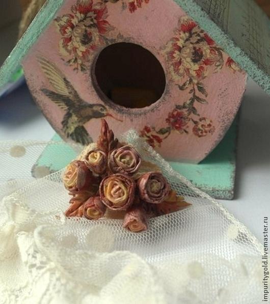 Броши ручной работы. Ярмарка Мастеров - ручная работа. Купить Брошь кружево с розами. Handmade. Разноцветный, кружево, розовый