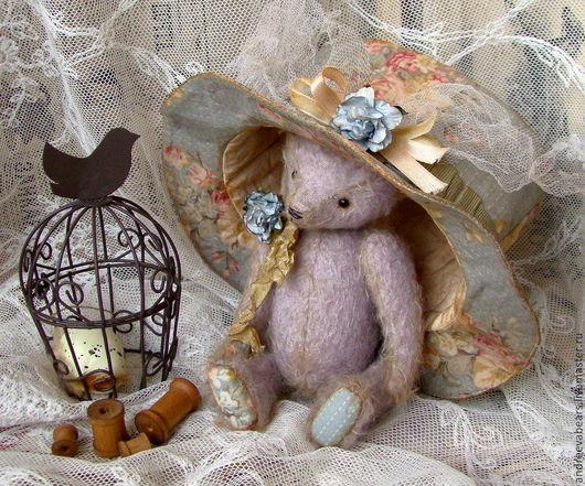 """Мишки Тедди ручной работы. Ярмарка Мастеров - ручная работа. Купить """"Воспоминания о лавандовых полях...""""мишка в шляпке. Handmade."""