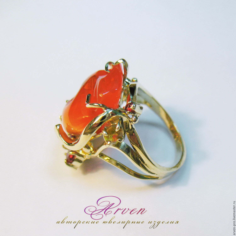Кольцо золотое с огненным опалом, сапфирами и спессартинами. Работа для  примера. 135e4be436a