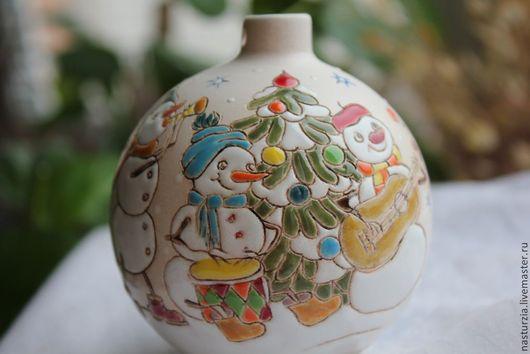 Новый год 2017 ручной работы. Ярмарка Мастеров - ручная работа. Купить Елочный шар Снежная компания керамика. Handmade. Бежевый