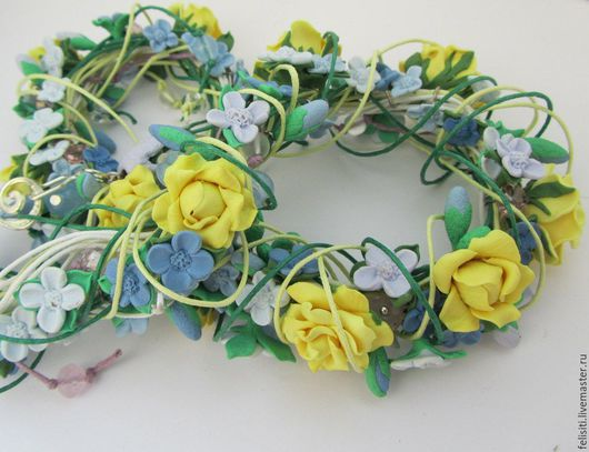 Колье, бусы ручной работы. Ярмарка Мастеров - ручная работа. Купить Колье из полимерной глины на вощеных шнурах Садовые розы. Handmade.