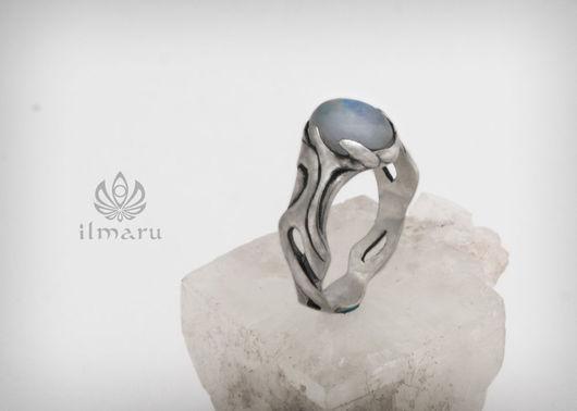 Кольца ручной работы. Ярмарка Мастеров - ручная работа. Купить Серебряное эльфийское кольцо с лунным камнем. Handmade. Белый