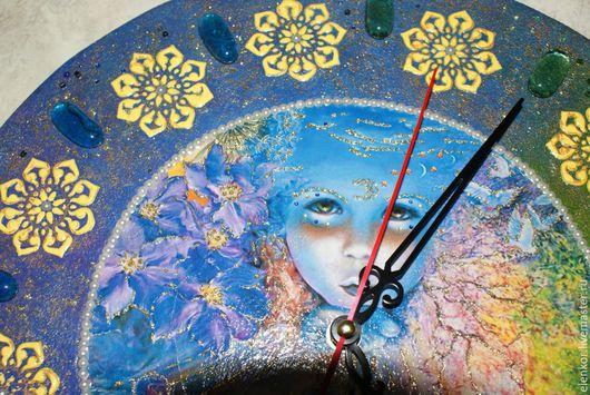 """Часы для дома ручной работы. Ярмарка Мастеров - ручная работа. Купить Часы """"Дитя вселенной"""". Handmade. Комбинированный, часы для дома"""