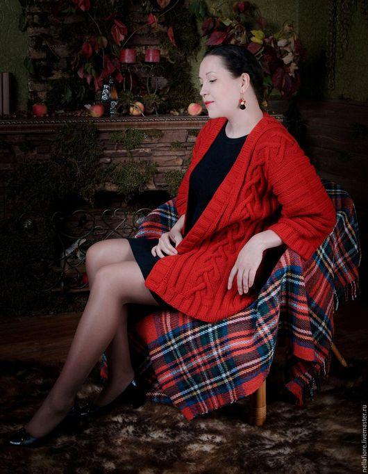 """Кофты и свитера ручной работы. Ярмарка Мастеров - ручная работа. Купить Вязаный кардиган """"Scarlet"""". Handmade. Ярко-красный"""