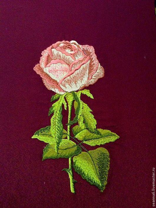 """Картины цветов ручной работы. Ярмарка Мастеров - ручная работа. Купить Вышитая картина, картинка, вышивка на одежде """"Роза настоящая"""". Handmade."""