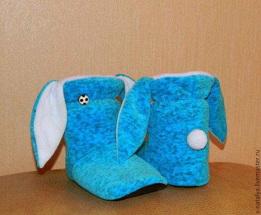 Обувь ручной работы. Ярмарка Мастеров - ручная работа. Купить Тапочки зайчики из велюра. Handmade. Морская волна, домашние тапочки