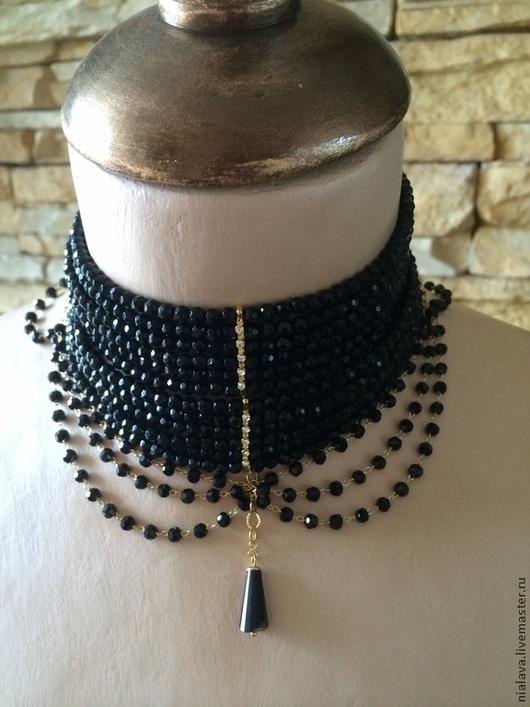 Модное оригинальное Колье чокер  под шею женский из натуральных камней черного цвета авторская бижутерия  ручной работы  модное украшение дизайнера Светланы Молодых