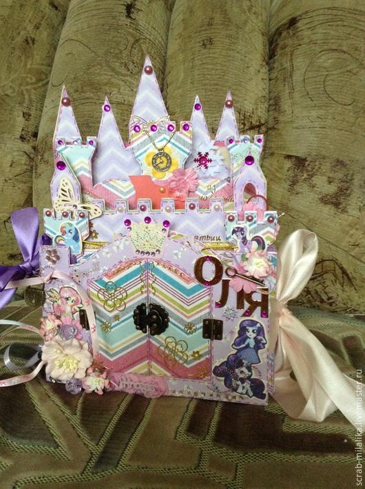 Подарки для новорожденных, ручной работы. Ярмарка Мастеров - ручная работа. Купить Альбом-замок для принцессы. Handmade. Сиреневый, альбом-замок