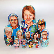 Подарки к праздникам ручной работы. Ярмарка Мастеров - ручная работа Семейный портрет на матрёшке. Handmade.