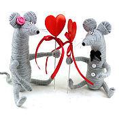 Куклы и игрушки ручной работы. Ярмарка Мастеров - ручная работа Парочка Мышки (Крысы, мышата, игрушка, день всех влюбленных). Handmade.