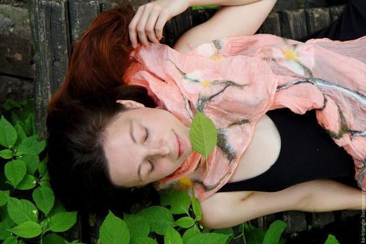 """Шали, палантины ручной работы. Ярмарка Мастеров - ручная работа. Купить Палантин """"Сон в летнюю ночь"""". Handmade. Бледно-розовый"""