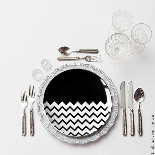 Кухня ручной работы. Ярмарка Мастеров - ручная работа. Купить Набор керамических тарелок Waves. Handmade. Чёрно-белый