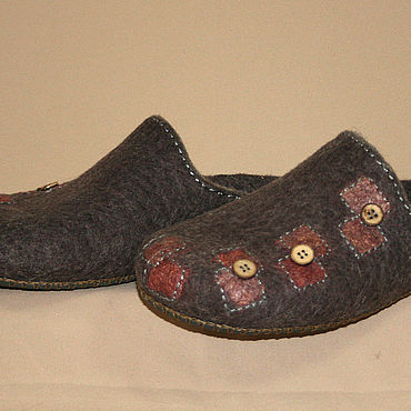 Footwear handmade. Livemaster - original item Men`s Slippers felted Patches. Handmade.