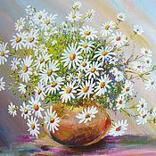 Картины и панно ручной работы. Ярмарка Мастеров - ручная работа Ромашки в светло-коричневой вазочке. Handmade.
