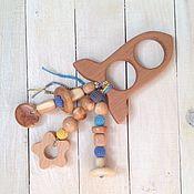 Работы для детей, ручной работы. Ярмарка Мастеров - ручная работа Экогрызунок из бука и можжевеловыми подвесками. Handmade.