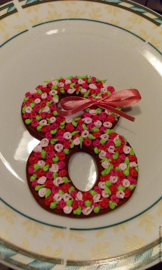 Кулинарные сувениры ручной работы. Ярмарка Мастеров - ручная работа. Купить Пряник к 8 Марта. Handmade. Комбинированный