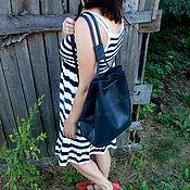 Сумки и аксессуары ручной работы. Ярмарка Мастеров - ручная работа Городской рюкзак из натуральной кожи Темно синий. Handmade.