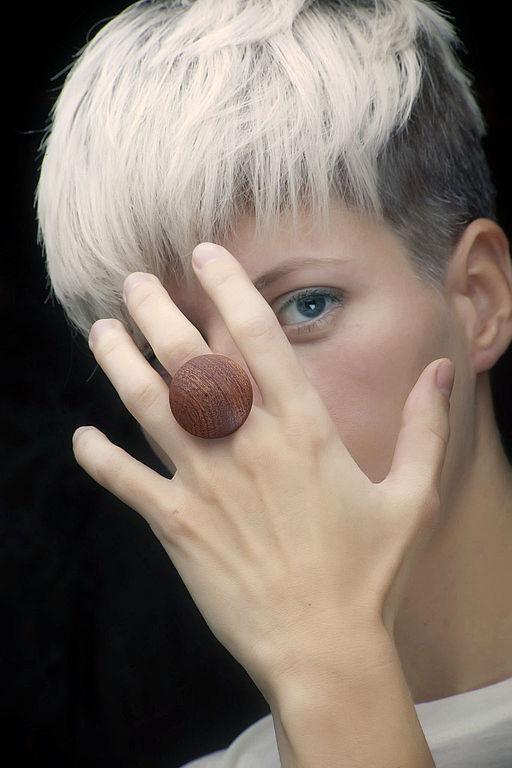 Кольца ручной работы. Ярмарка Мастеров - ручная работа. Купить Перстень круг (объемная форма). Handmade. Коричневый, перстень из дерева