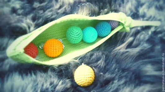 """Развивающие игрушки ручной работы. Ярмарка Мастеров - ручная работа. Купить Игрушка """"Радужный горошек"""". Handmade. Игрушка крючком"""