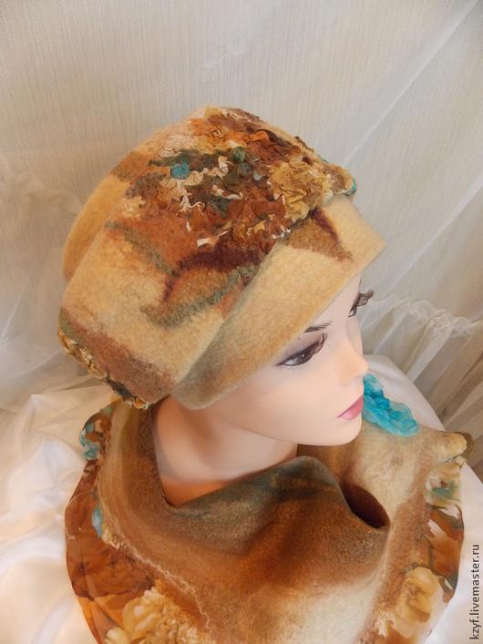 Шапка валяная. Шапка женская, аксессуар ручной работы. Головной убор для женщин. Зимняя женская шапка. Подарок для девушки.Шапка из шерсти мериноса. Шапка трансформер. Войлочная шапка.
