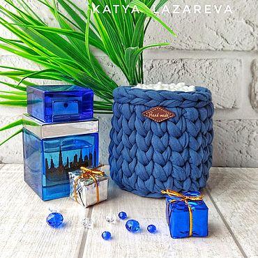Для дома и интерьера ручной работы. Ярмарка Мастеров - ручная работа Синий. Баночка для ватных палочек из трикотажной пряжи синяя. Handmade.