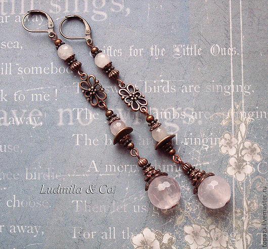Длинные серьги с Розовым кварцем нежные медного цвета.