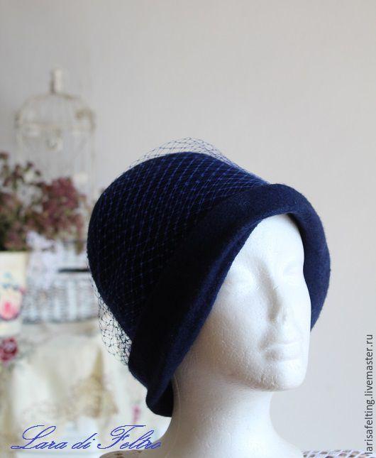 Шляпы ручной работы. Ярмарка Мастеров - ручная работа. Купить Валяная шляпка клош  Blue night .. Handmade. Тёмно-синий