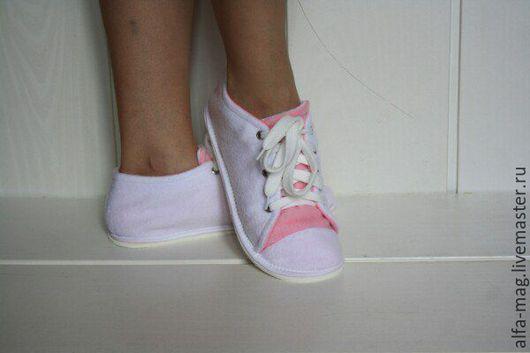 """Обувь ручной работы. Ярмарка Мастеров - ручная работа. Купить Тапочки """" Кеды """". Handmade. Белый, тапочки домашние"""